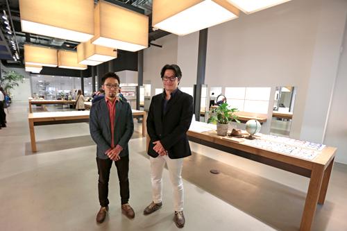 (Left) Mr. Kimura (Center) Mr. Tomita